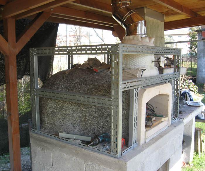 Pulizia canna fumaria - Forno a legna da giardino usato ...